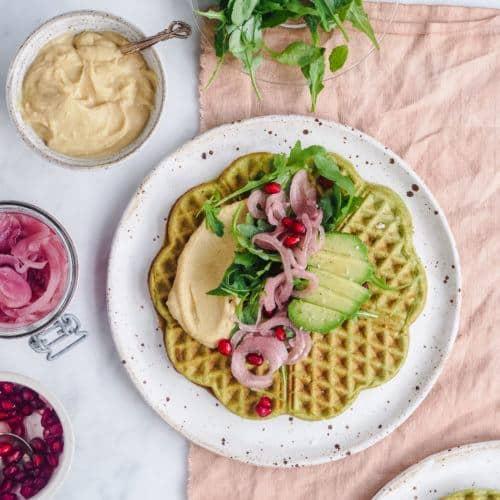 falafel vaffel med hummus