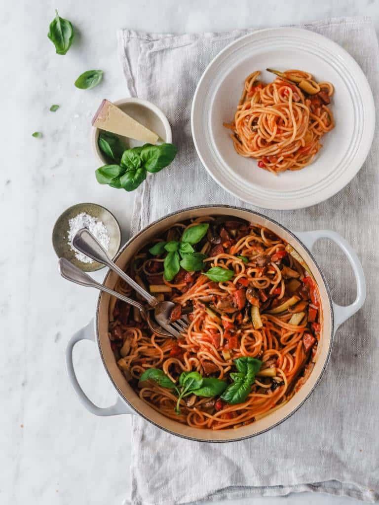 One pot pasta med chorizopølse