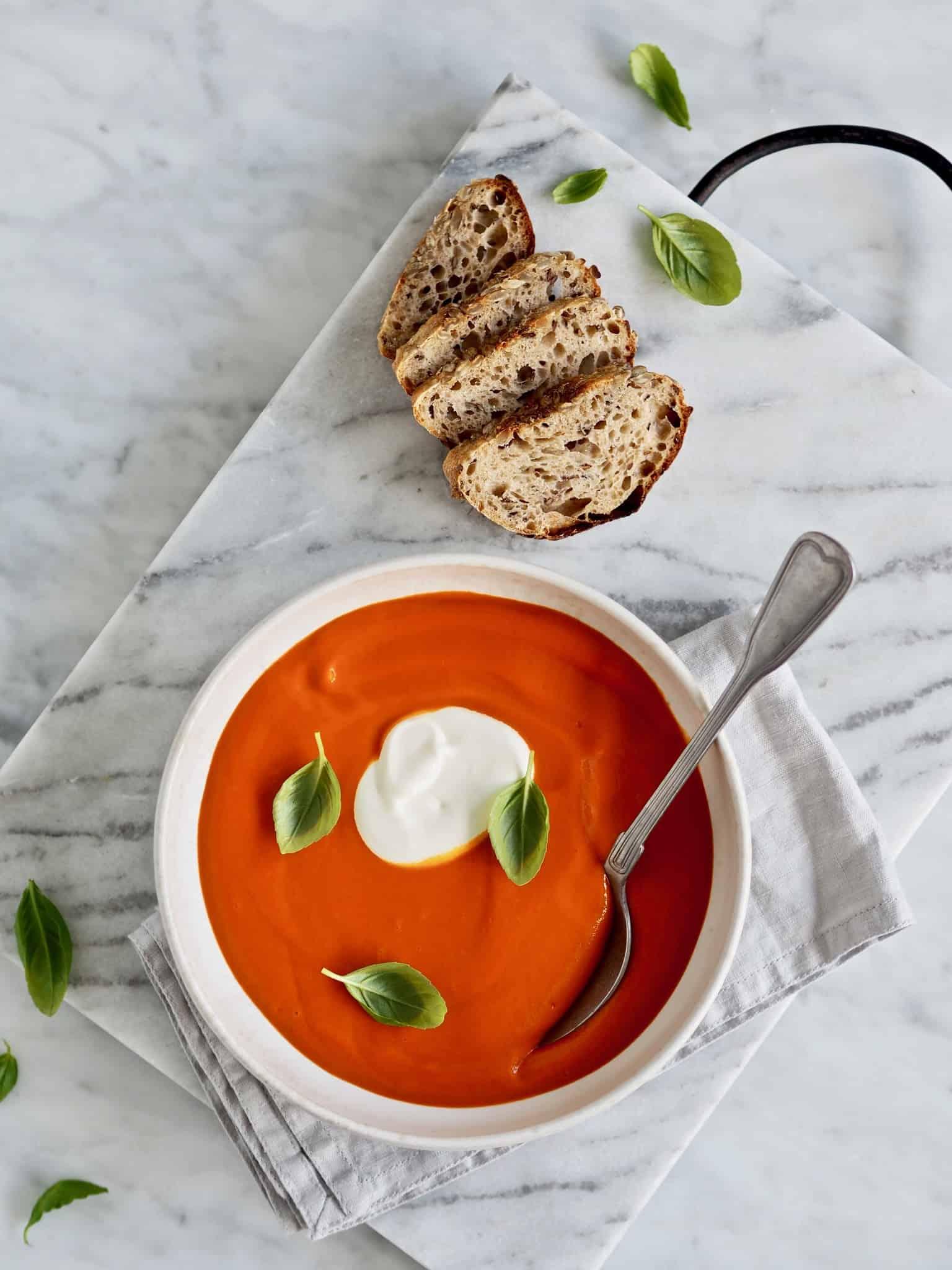 Tomatsuppe med gulerod og ingefær