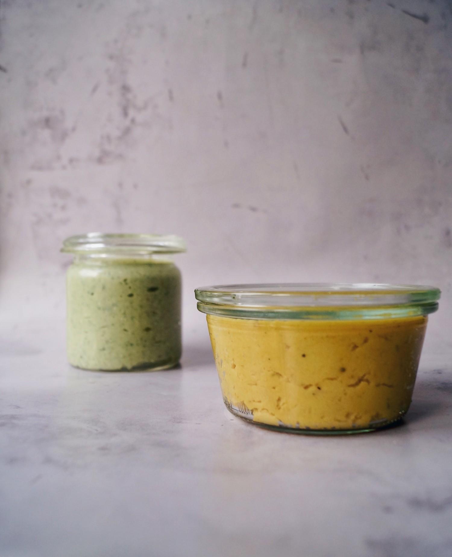 Butterbean spread med gurkemeje