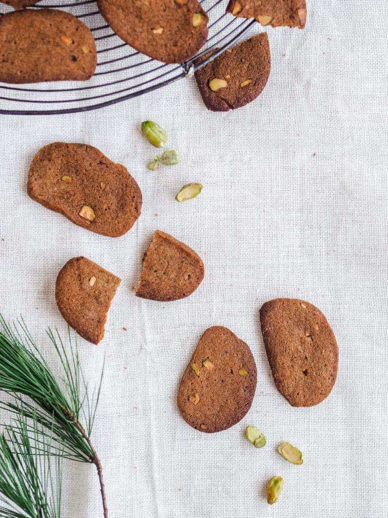 brunkager med pistacienødder