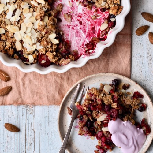 Bærcrumble med valgfrie bær - en sundere dessert