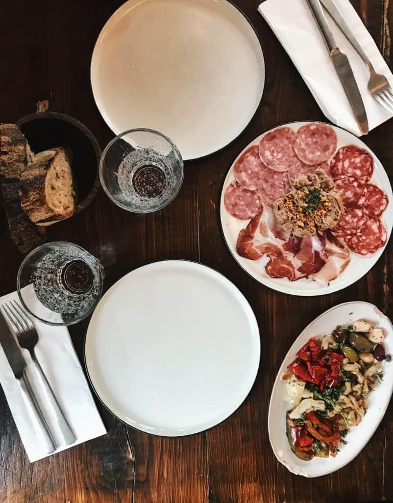 Mirabelle: morgenmad, frokost og aftensmad