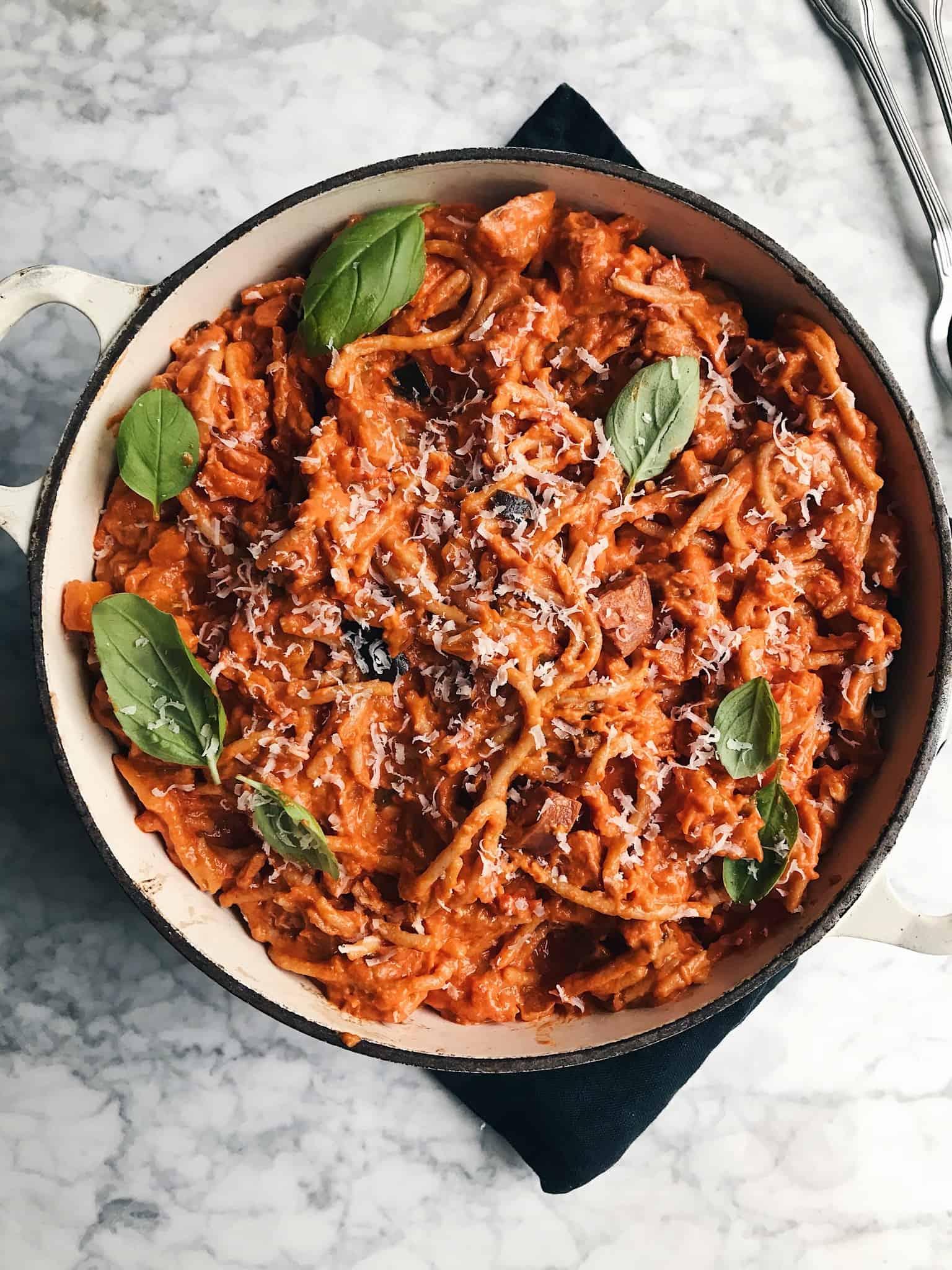 Spaghetti i mascarponesauce med chorizo