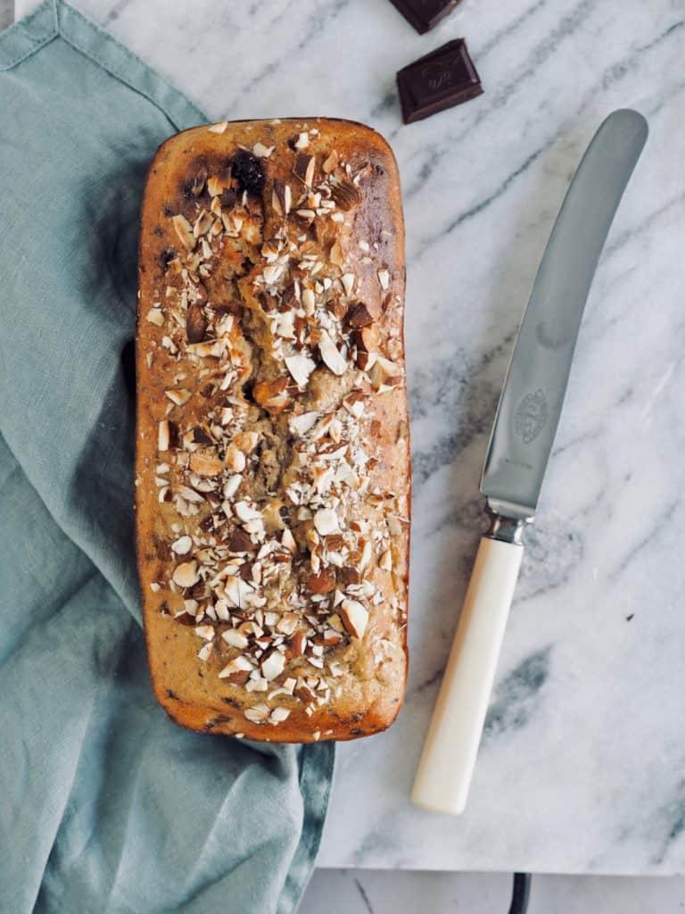 Bananbrød med surdej og chokolade