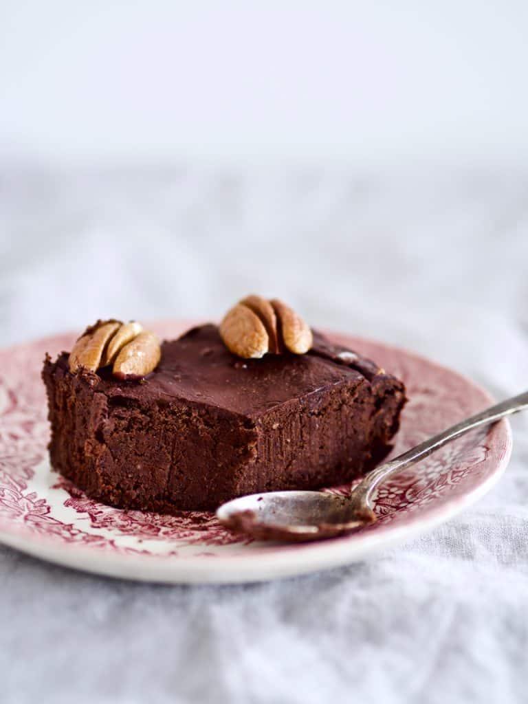 Brownie med chokolade og bønner