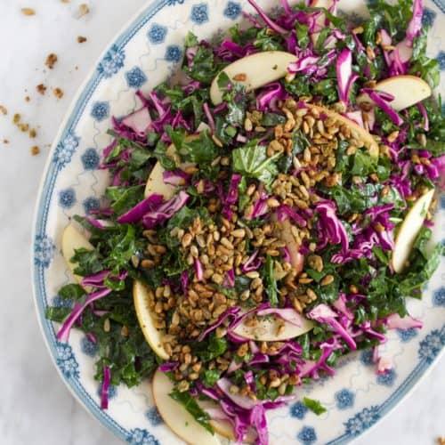 Sommerlig salat med rødkål