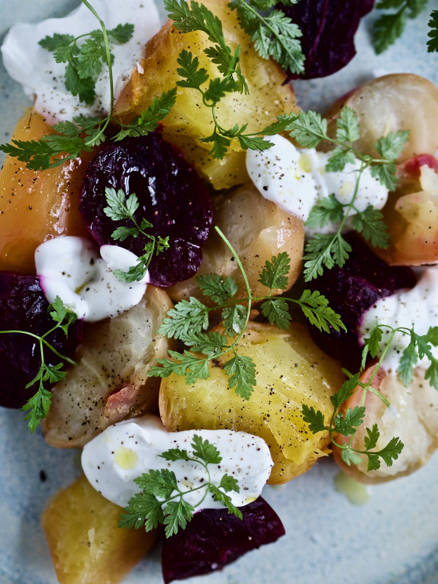 Salat med rødbede og gule beder