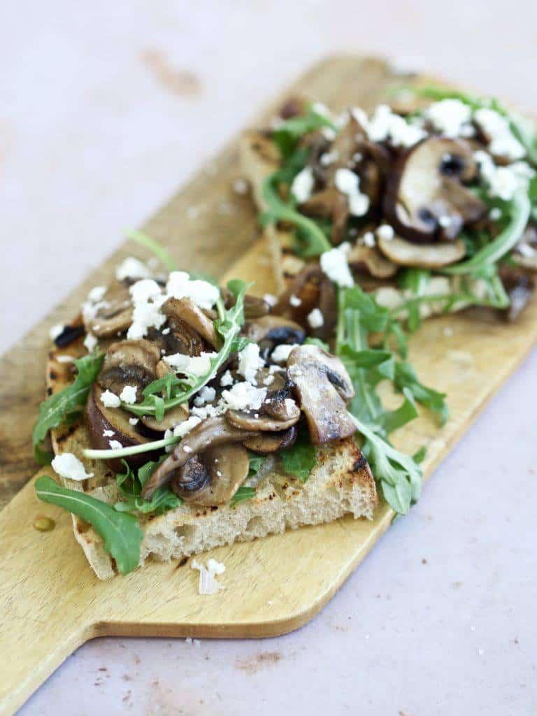 Bruschetta med svampe og ost
