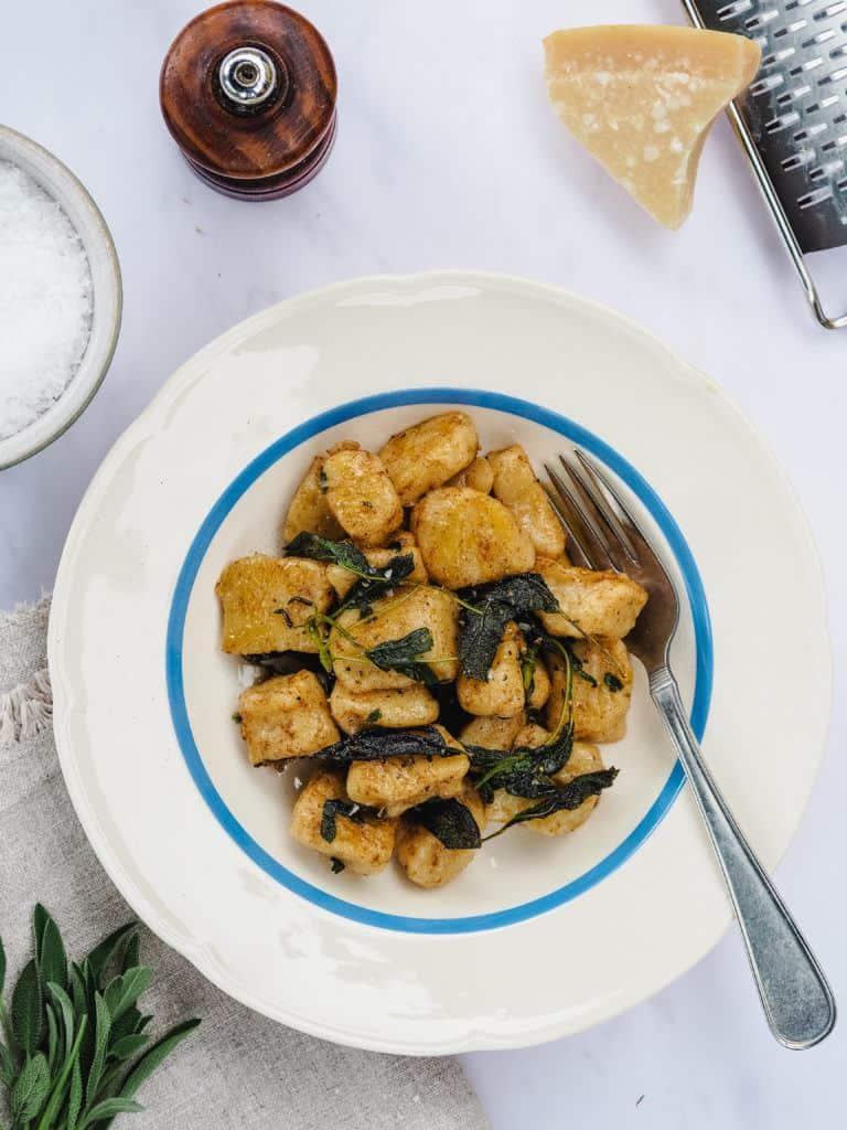 Gnocchi med salvie og brunet smør-2