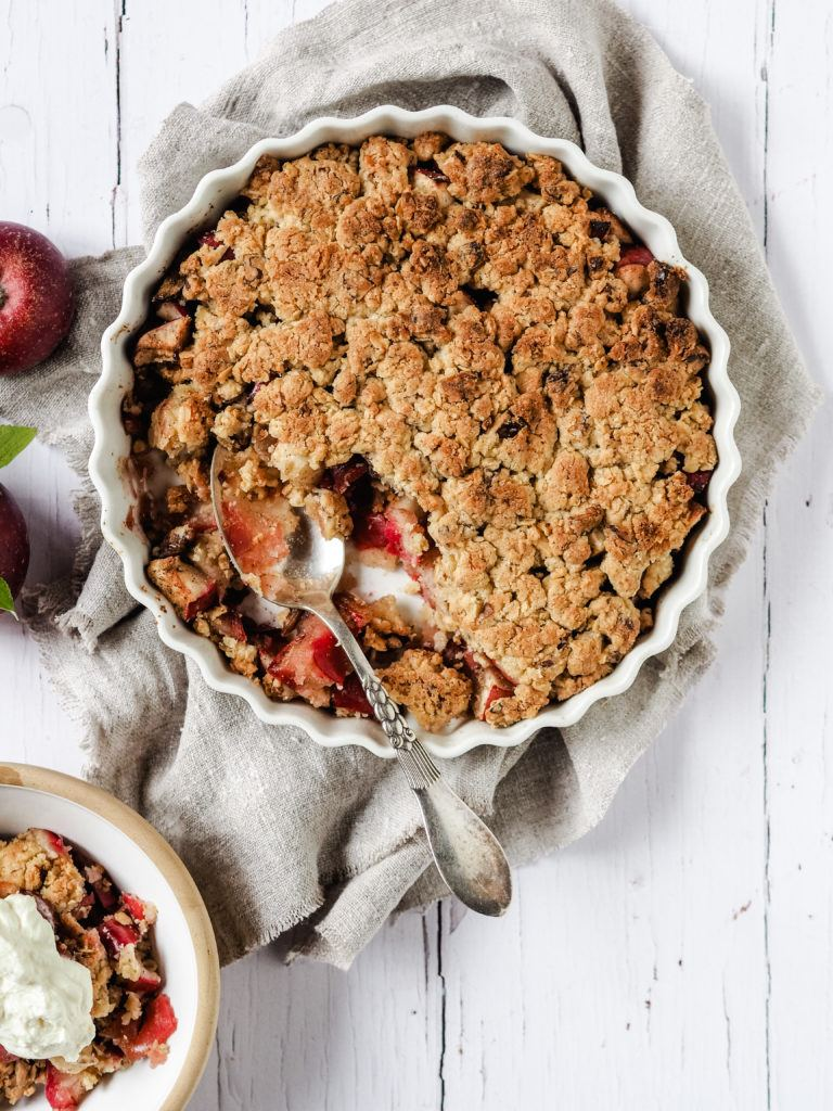 Crumble med æble
