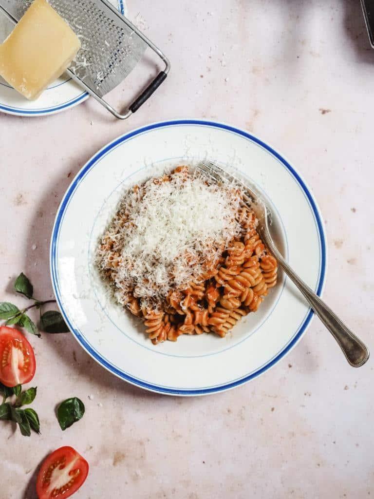 Pasta med tomat