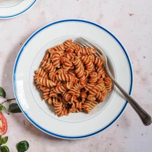 Pasta pomodoro : pasta med tomatsauce
