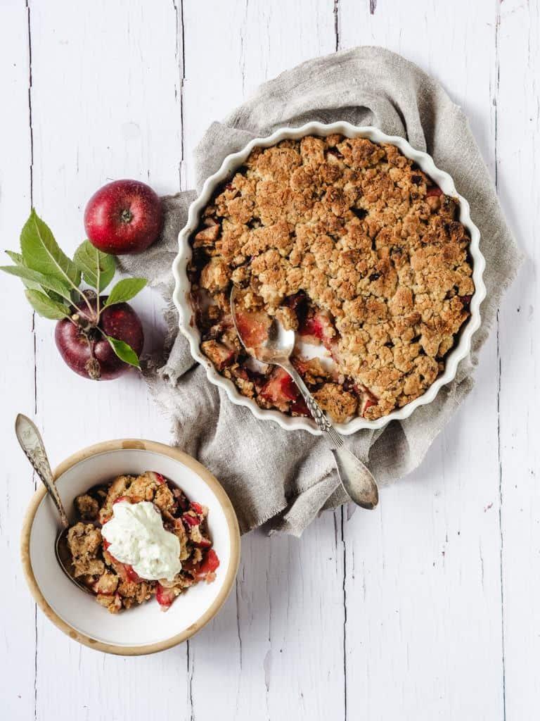 nem æblecrumble kage