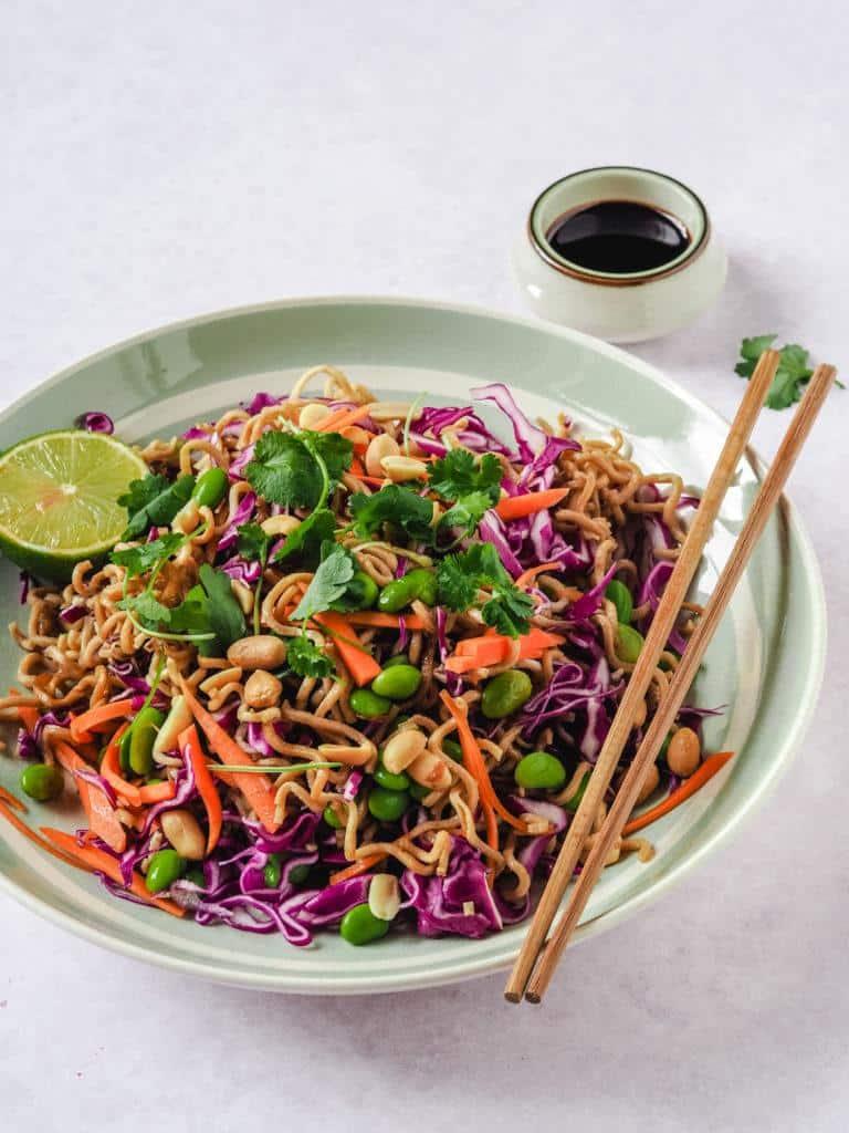 opskrift på Asiatisk nudelsalat