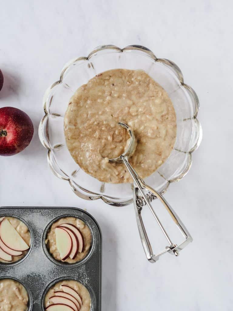 ingredienser til æblemuffins