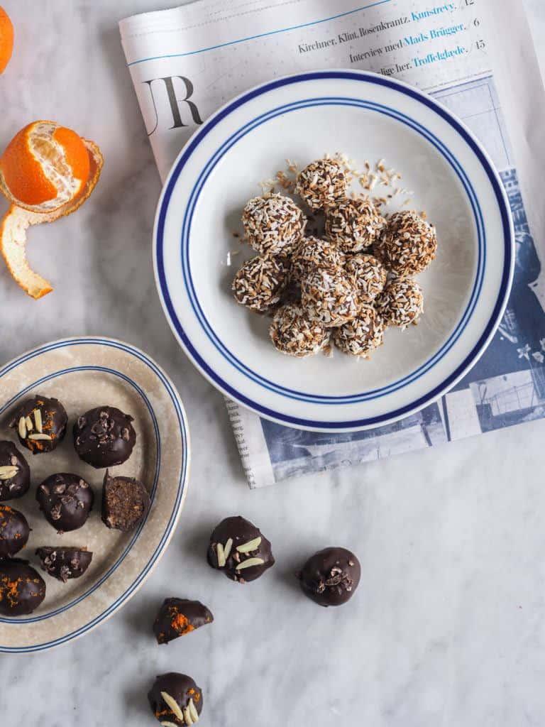 opskrift på dadelkugler med orange og chokolade