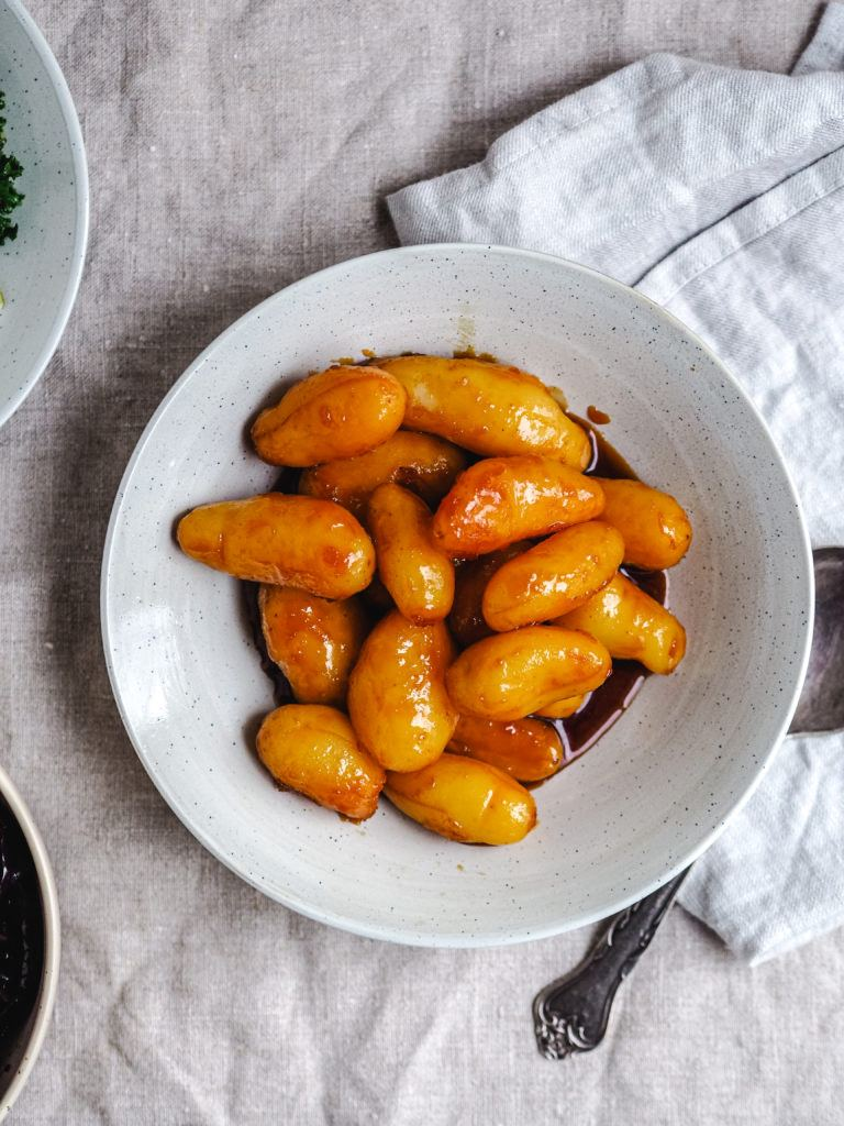 Opskrift på brune kartofler med sukker