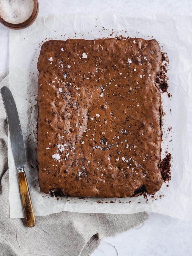 Brownie med chokolade opskrift