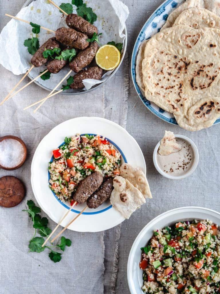 Libanesisk tabouleh salat med bulgur og persille