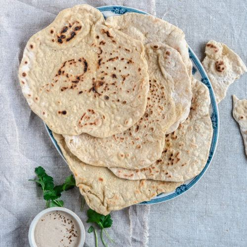 tyrkiske fladbrød med gær og yoghurt
