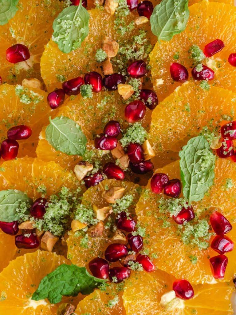 Appelsinsalat med myntesukker