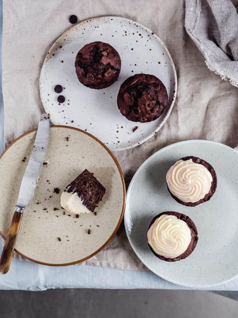 Chokolademuffinsmed chokoladestykker