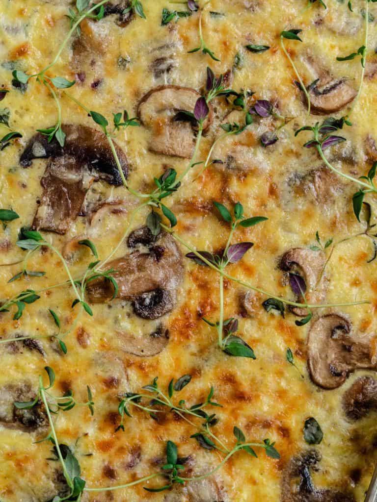 Vegetarisk svampetærte med champignon