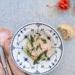 bagt torsk med grønne asparges-opskrift