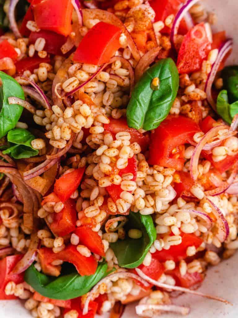 perlebygsalat med tomat-1