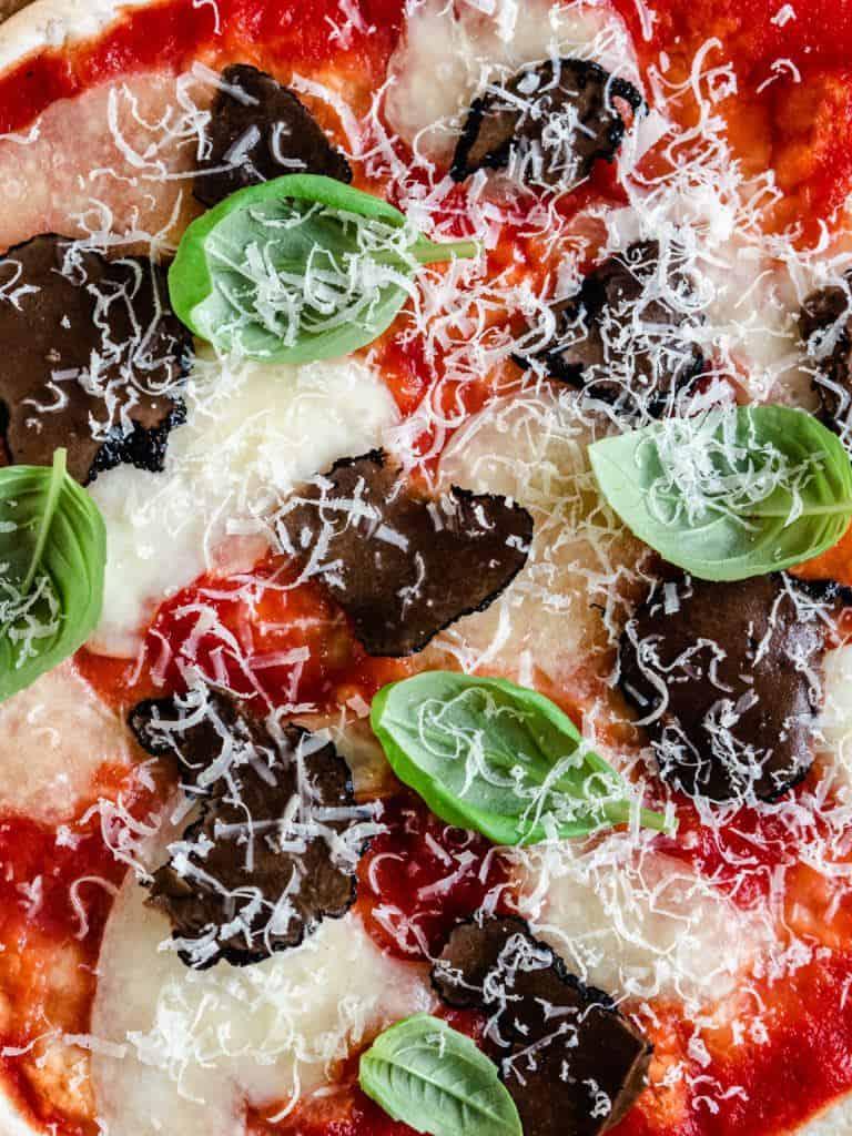 Vegetarisk tortilla pizza