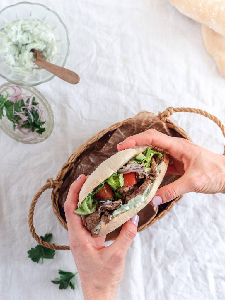 hjemmelavet shawarma med lam eller oksekød
