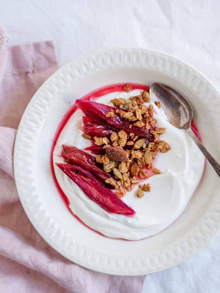 bagte rabarber morgenmad