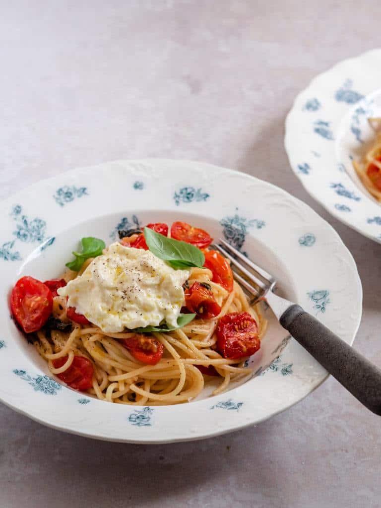 Pasta med bagte cherrytomater