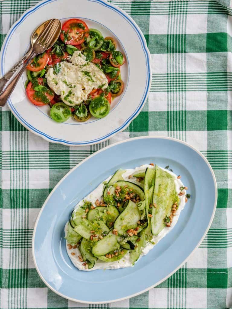 Serveringsforslag og tilbehør til squash salaten
