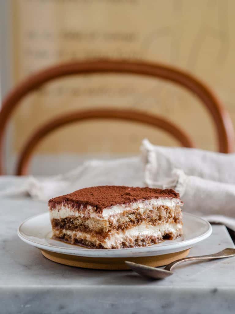 Tiramisu med kaffe, kakao og Amaretto