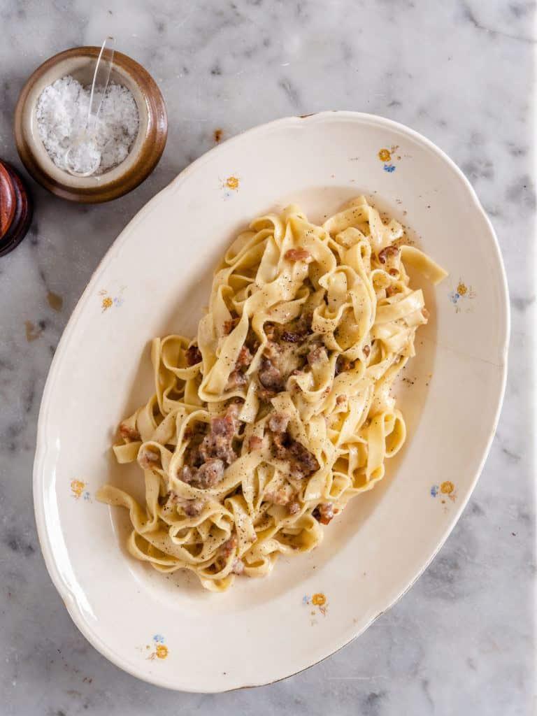 nem opskrift på pasta carbonara