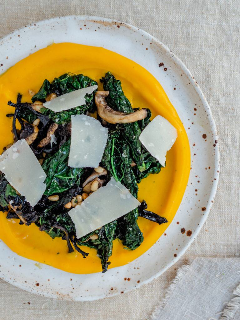 lun salat med græskarpure
