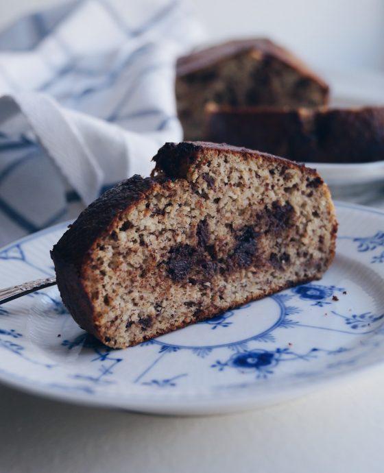 Glutenfrit bananbrød med chokolade